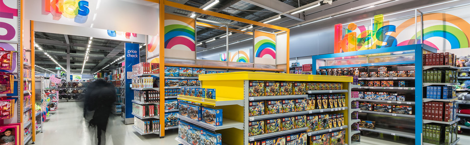 <h1>Commercial & Retail Fitouts</h1><p><a href='project-management/'>Learn More</a>If your shop or office needs a touch up or a full fit out come and talk to us to help you out</p>