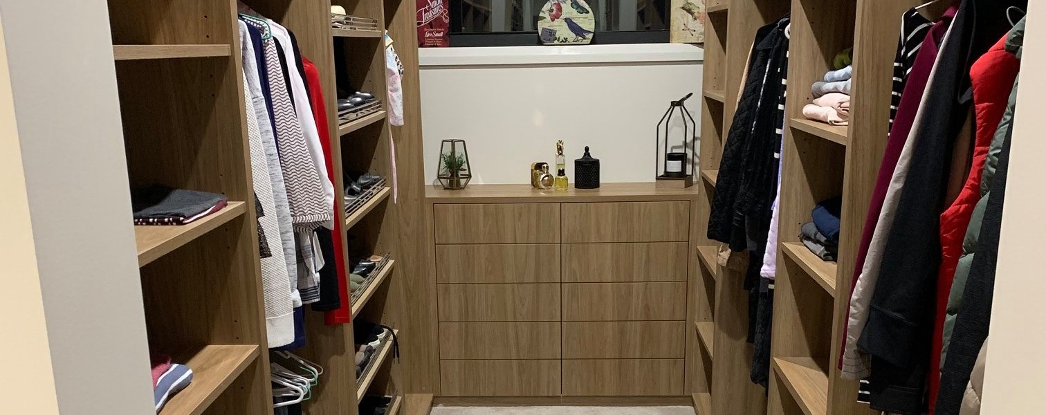 <h1>Wardrobes</h1><p><a href='project-management/'>Learn More</a>We can custom design and manufacture a new wardrobe from a simple design to a more high end finish.</p>